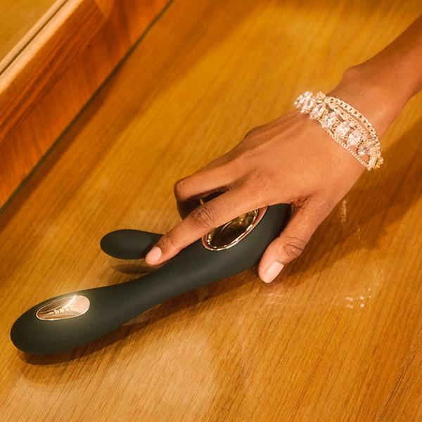 Lelo Soraya Wave Luxurious Rabbit Vibrator